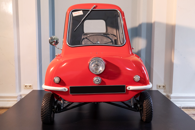small cars of the 60s, the smallest car, microcars, Peel P50